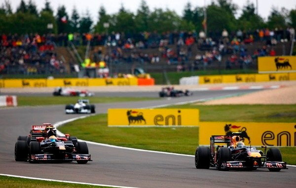 Con estrictas medidas de control se realizará el Gran Premio de Eifel con público presencial