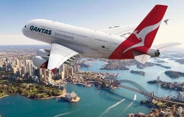 Pasajeros agotan boletos del «vuelo a ninguna parte»