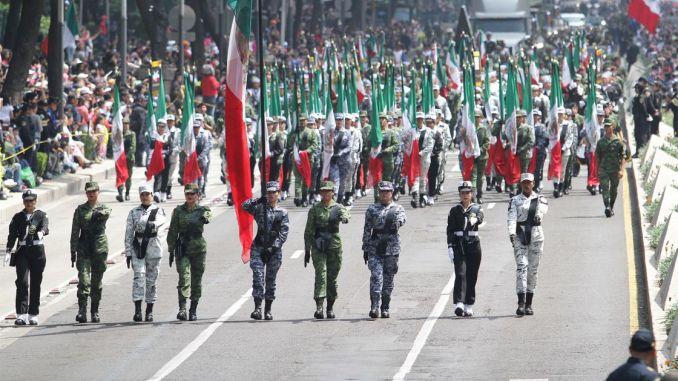 Hoy se realiza el 209 Desfile Miltar del 16 de septiembre, estos son algunos de los más recordados de años pasados