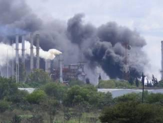 Registran explosión en refinería de Tula, no hay heridos