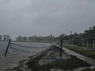 """Huracán """"Delta"""" se degrada a depresión tropical"""