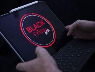"""EEUU vive un """"Black Friday"""" más online que presencial, por la pandemia"""