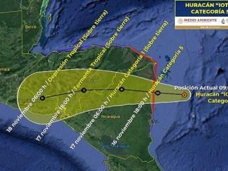 """El huracán """"Iota"""" se fortalece a categoría 5"""