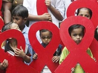 Casi cada minuto y medio, un menor de 20 años se contagia de VIH: Unicef