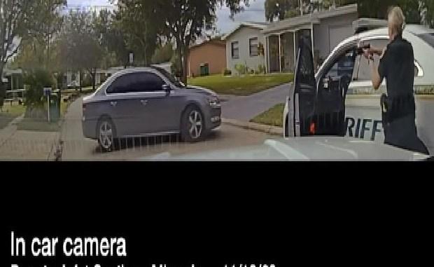 Los agentes de policía defienden el tiroteo, pese a que las imágenes de la cámara sugieren que no necesitaban recurrir a la fuerza letal