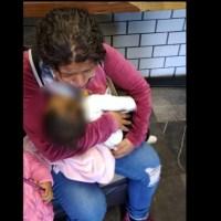 Pequeña muere por accidente en su casa, su mamá corrió al Metro a pedir ayuda