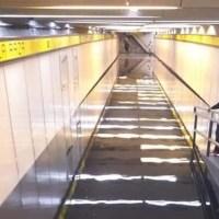Ante intensas lluvias en CDMX, se inundad Metro La Raza #VIDEO