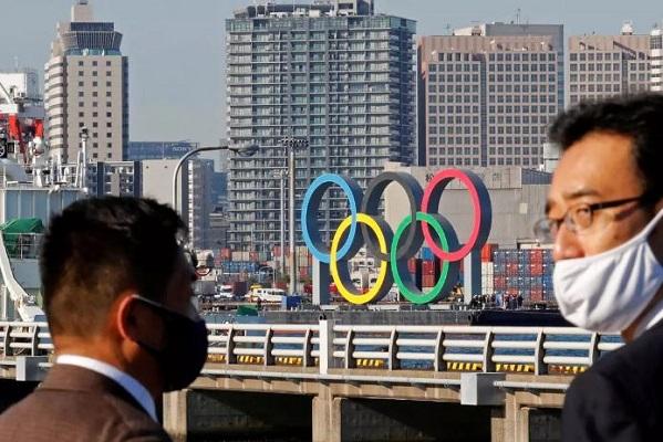 Tokio supera los 5 mil casos de Covid-19 en 24 horas