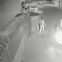 Enfermera logra escapar de taxista que intentaba secuestrarla, en Tultepec