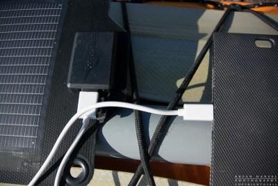 Kickr IV charging a Jumpr Slate 10K