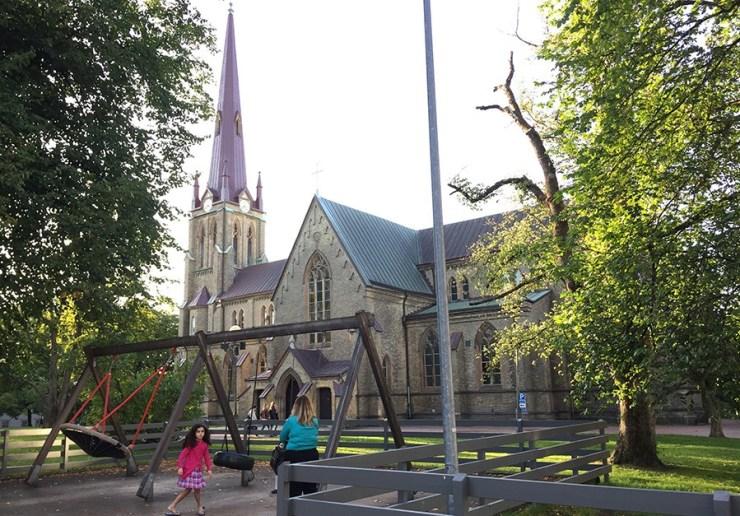 Playground junto a Hagakyrkan en Gotemburgo