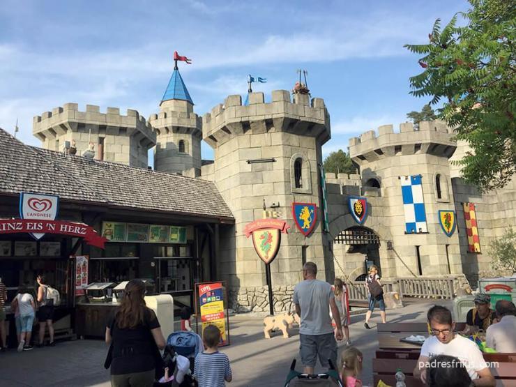 Castillo medieval en Legoland Alemania