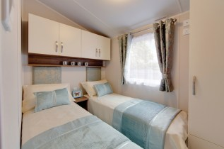 Bedroom: Willerby Avonmore 2018