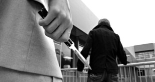 Calvi Risorta / Sparanise – Lite in strada, giovane accoltella fratello della fidanzata