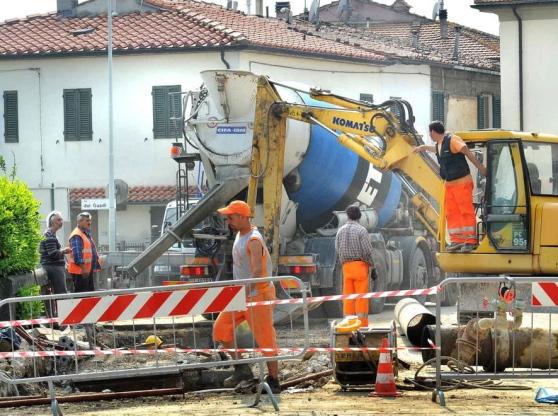 Vairano patenora via napoli e lavori acquedotto martone - Piscina piedimonte matese ...