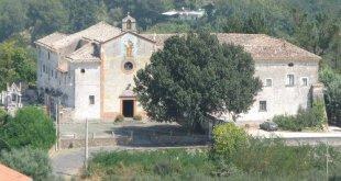 TORA E PICCILLI – Il mistero del Convento di Sant'Antonio, interrotta una tradizione secolare: ipotesi della sconsacrazione. Fedeli infuriati