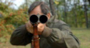 GRAZZANISE / SANTA MARIA LA FOSSA – Minaccia di morte un 48enne, arrestato 62enne per detenzione e porto illegale in luogo pubblico di arma clandestina