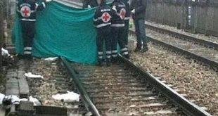 TEANO / SPARANISE – Tragedia lungo i binari, uomo smembrato dal treno in corso. Indaga la polizia ferroviaria