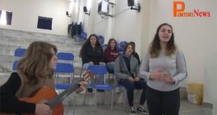 """Faicchio / Piedimonte Matese – Nicolas alla """"conquista"""" di Roma, con la sua voce e la sua chitarra (il video con l'intervista)"""