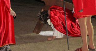 VAIRANO PATENORA – Al via la rappresentazione della Passione Vivente: l'evento storico più importante della Cristianità