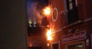 Piedimonte Matese – Corto circuito, palazzo rischia l'incendio. pompieri e carabinieri sul posto