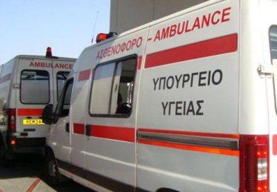 Στο νοσοκομείο δύο άτομα μετά από τροχαίο