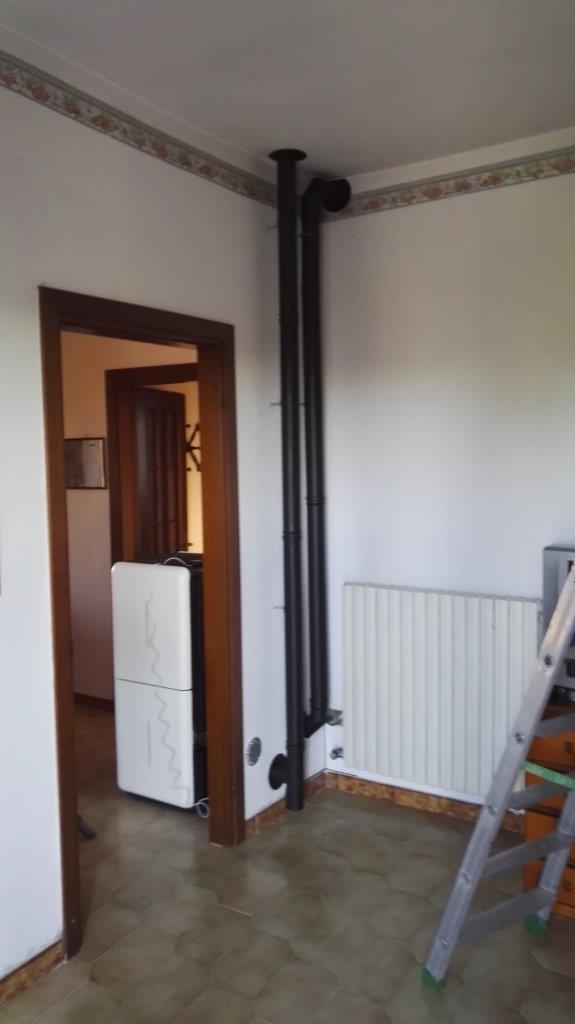 Installazione canna fumaria per stufa a pellet Ravelli San