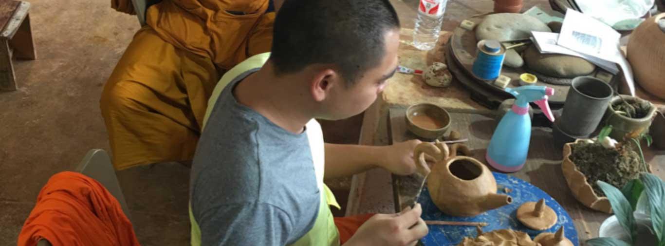 Custom Pottery Sourcing