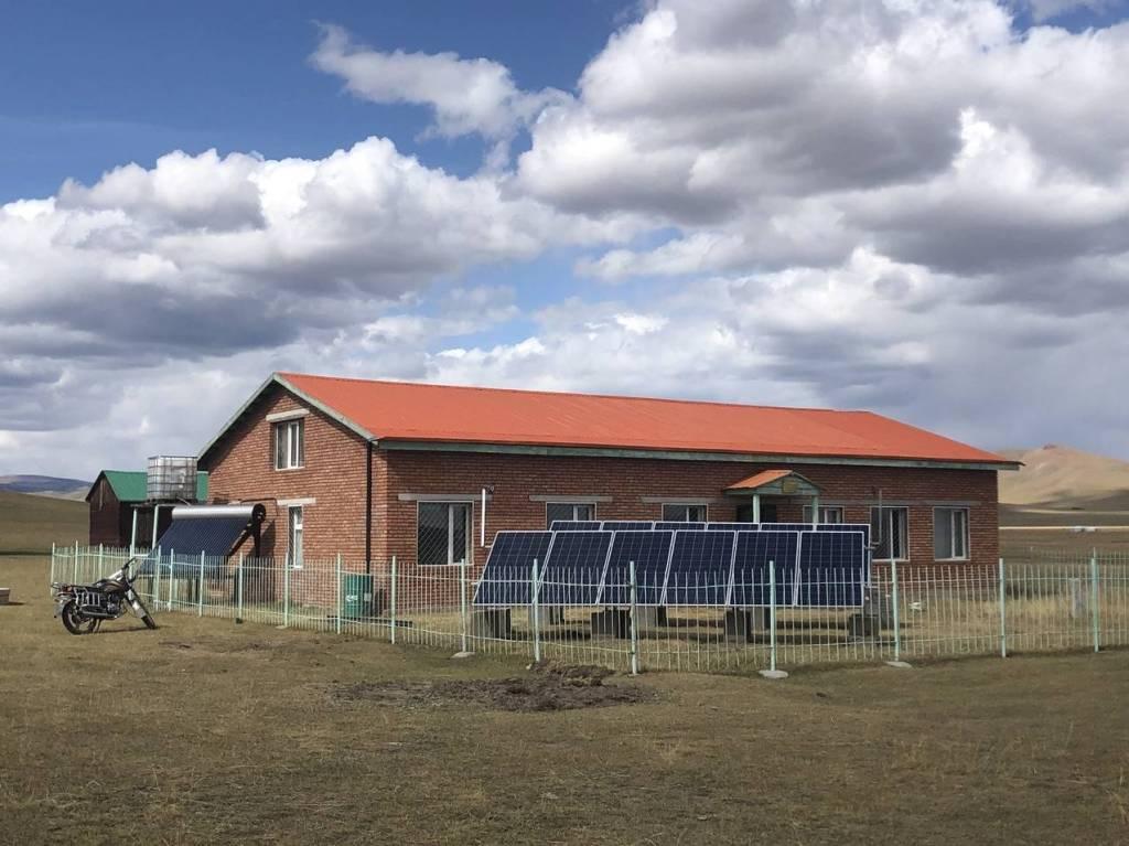 Monaco finance un système photovoltaïque au Centre archéologique d'Arkhangaï  en Mongolie