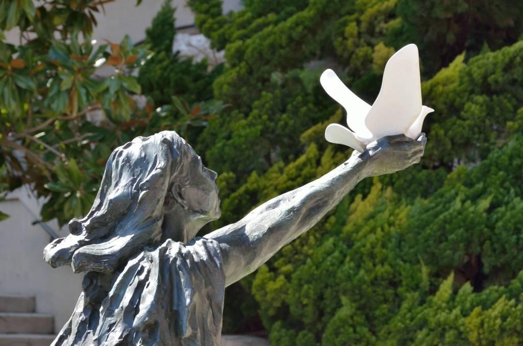La Légende et les célébrations de Sainte-Dévote