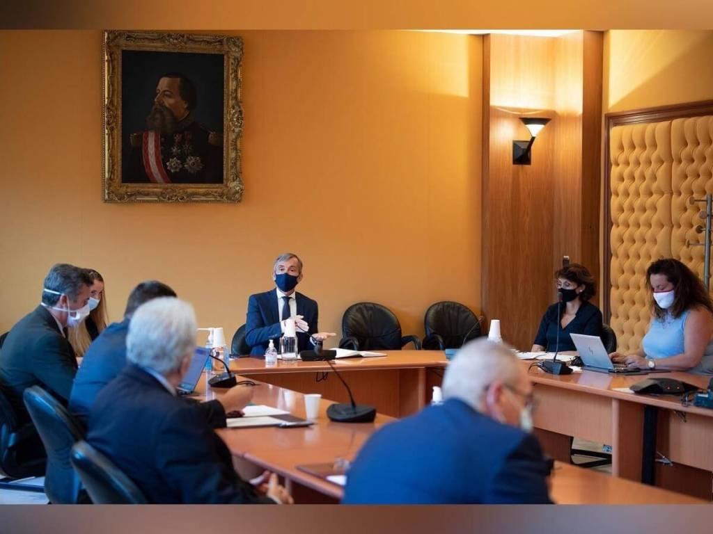 Gouvernement et partenaires sociaux dialoguent pour passer le cap de la Covid-19