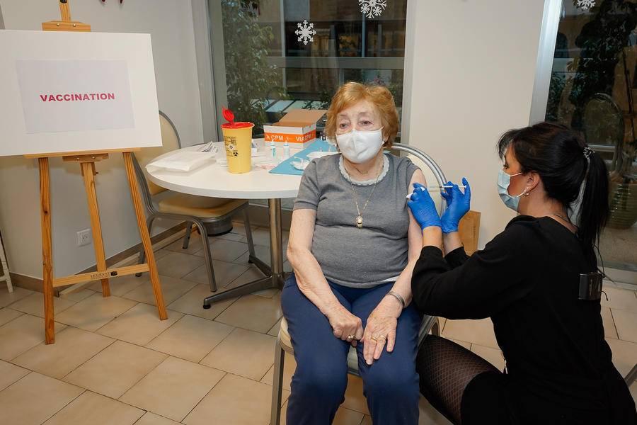 Première vaccination contre le coronavirus à Monaco