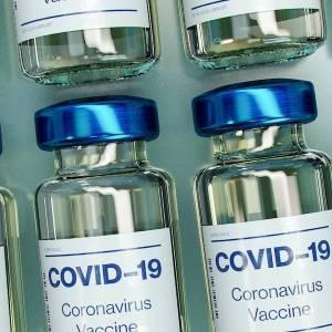 Monaco vaccine les plus de 45 ans