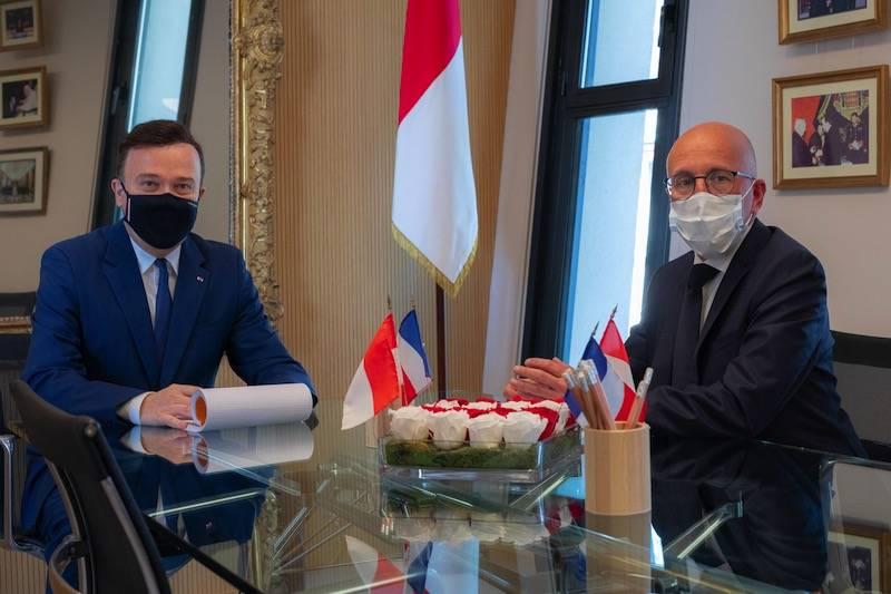 Rencontre informelle entre Stéphane Valéri et Eric Ciotti