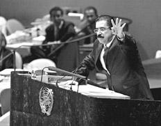 Manuel Zelaya ratificó ante el pleno de la Asamblea General de la ONU su determinación de volver.