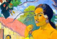 Woman Holding a Fruit di Paul Gauguin