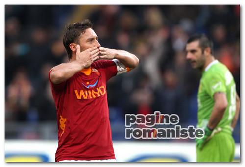 Roma-Chievo esultanza Totti gol PR