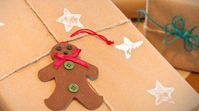 Christmas gifts_2415747634985838-159532