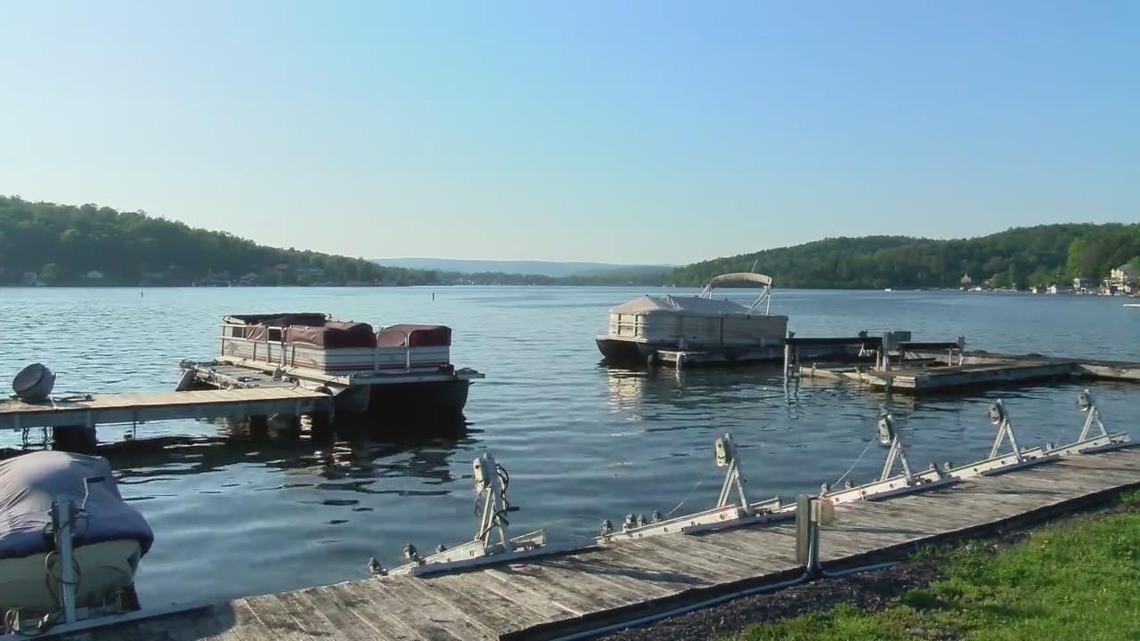 Boaters_on_Harveys_Lake_0_20180525033921
