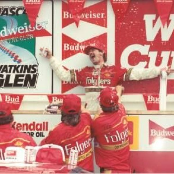 Tim Richmond 1986_1529341486169.jpg-118809198.jpg