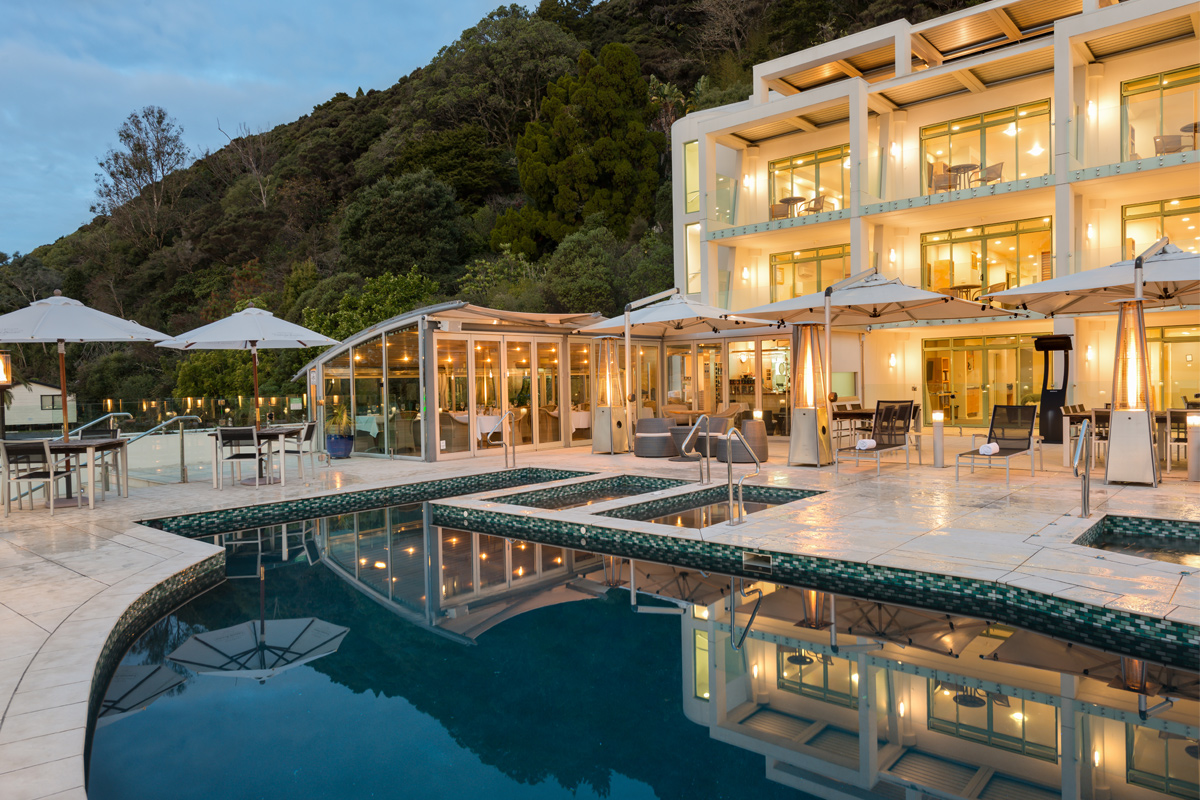 Welcome To Paihia Beach Resort Spa