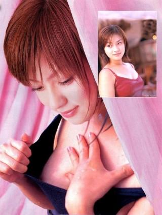 流出した乳首ポロリグラビア画像 huka2
