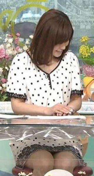 杉崎美香アナパンチラ放送事故エロお宝画像16