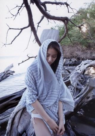武井咲パンチラエロお宝画像13