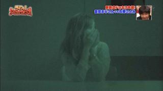 石原さとみ乳首透け胸ポッチ放送事故エロお宝画像7