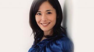 富田靖子おっぱい上下に激しく揺れるバストトップ露出全裸過激濡れ場エロお宝画像!