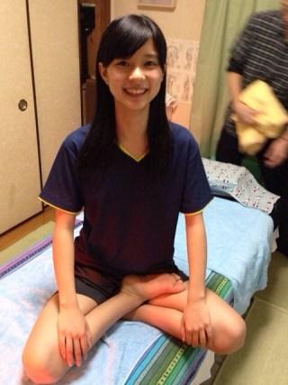 芳根京子パンチラ・胸チラエロお宝画像18