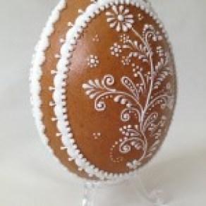 Oeuf 3D motif fleurs 11 cm