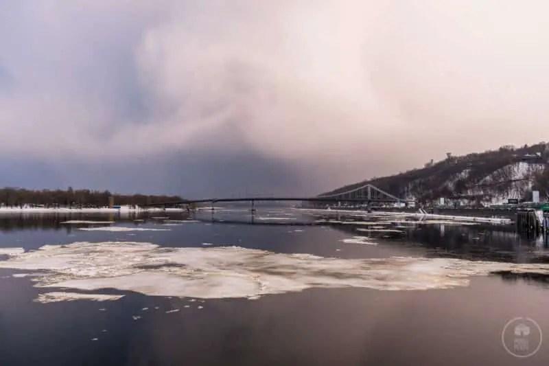 Il fiume Dniepr a Kiev