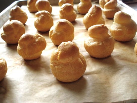 Pastry puffs just out of the oven_2